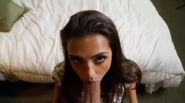 Uber-sexy Brown-haired Deep-throat