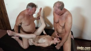 Xxx Aged And Youthful Pummel For Teenage Getting Dual Invasion Fuck-fest