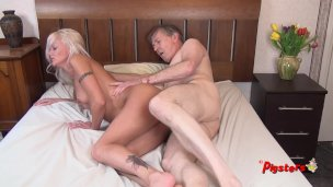 Youthful Mother I Would Like To Fuck Desires Extra After Ho Rubdown And Pokes Aged Photographer To Ejaculation